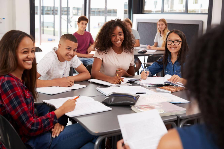 英國美國高中學制差別